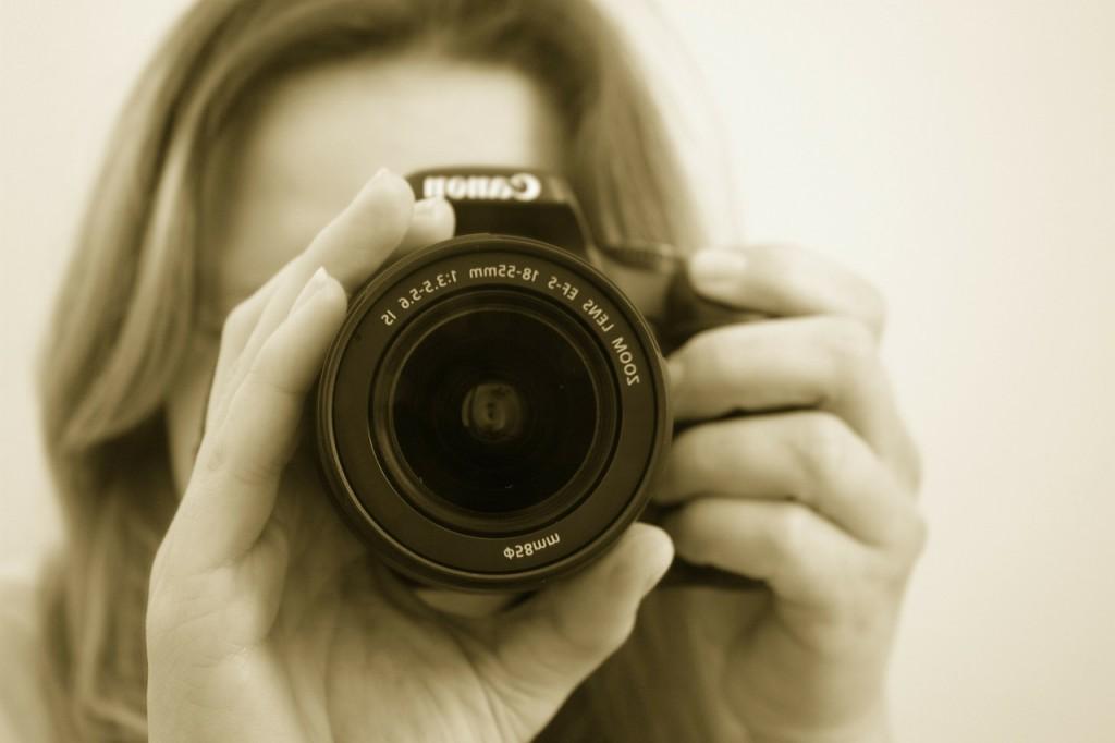 photographer-16022_1280